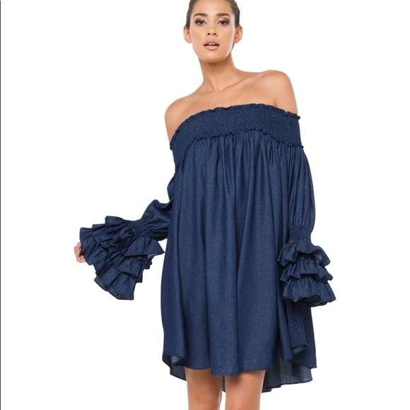 fa43f095eb56 NWT  Gracia Dark Denim Off The Shoulder Dress